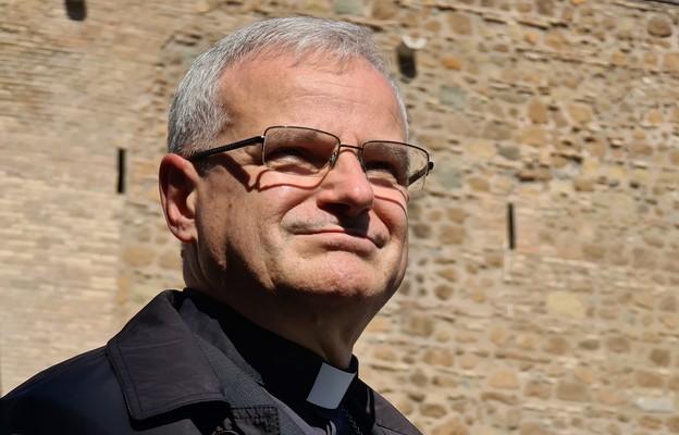Bp M. Mendyk: Jako duszpasterze mamy pomagać ludziom budować relację z Jezusem